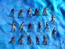 Plats d'étain HEINRICHSEN - Zinnfiguren - 17 soldats divers - Lot 4