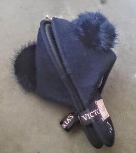 Victoria's Secret Navy Blue Slip on Pom Pom Slippers Size (Medium 7-8)