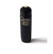 SHISEIDO FUTURE SOLUTION LX CONCENTRATED BALANCING SOFTENER 0.84 OZ NEW