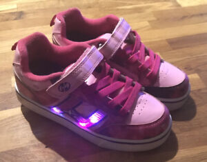 Girl's Pink Heelys Trainers with Wheels - Size 3