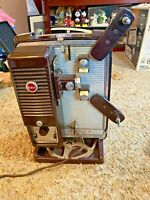 Vintage Kodak Showtime 8 8-500 8MM Movie Projector (Tested working)