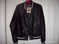 New CI SONO  women's black 100% Vegan leather bomber jacket Size S Clearance