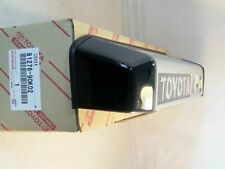 Toyota Genuine OEM COVER LICENSE PLATE LAMP 81276-90K02