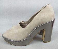 Superb brown suede ladies Clarks Shoes - Wedge Court Pumps Heels. UK 6 / EU 39