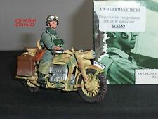 KING AND COUNTRY WSS89 GERMAN DISPATCH RIDER ON BMW MOTORCYCLE FIGURE SET