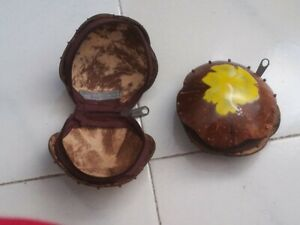 Borsellino-portamonete in legno dipinto a mano con cerniera