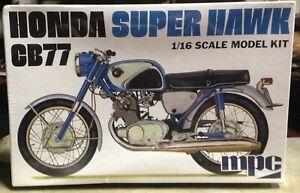 Honda Super Hawk CB77 MPC 1/18 Scale Plastic Model Kit