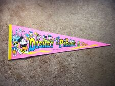 1980'S 1990'S DISNEYLAND DISNEY ON PARADE PENNANT FLAG MICKEY MOUSE PINNOCHIO