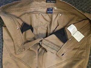 Arc'teryx Men's Rampart Pants 36-30 Excellent Condition