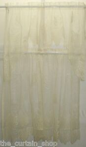 Grapes Ivory Lace Tier and Swag Set in Ecru Cream Beige Color 100% Polyester