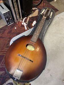 Vintage Kentucky Mandolin model KM 100 Pancake w/ Case VGC