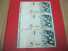 RM5 Zeti sign 11th series Paper Note - 3 pcs not running nos (VF) #2