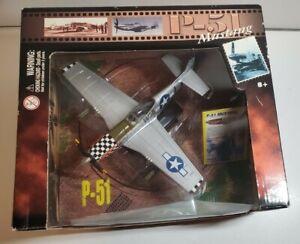 Motormax P-51 Mustang 1:48 No.76336 Diecast Metal & Plastic WW2 Airplane