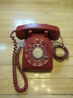 Vintage Rotary Dial Red Bell System Western Electric Desk Telephone 500CD