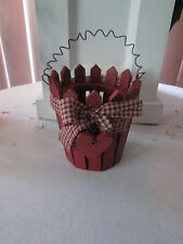 Primitive - Country Style Wood Valentines Day Basket, w/Barn Red Hearts Nwt
