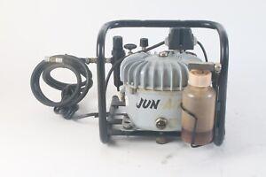 Jun-Air MINOR 1.5 L air Compressor