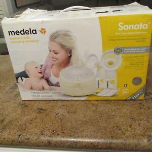 Medela Sonata Electric Breast Pump - NEW IN OPEN BOX (READ)
