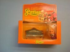 Vintage 1980 Mattel The Littles HEDY LITTLES and her sofa!  mip
