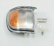Genuine OEM 1996 - 1999 Nissan Pathfinder Right Side Marker Corner Light - NEW