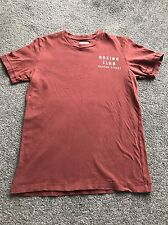 Ruehl 925 (Abercrombie & Fitch) T-Shirt - Maroon - Small