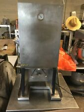 silver king milk dispenser With Wall Mount