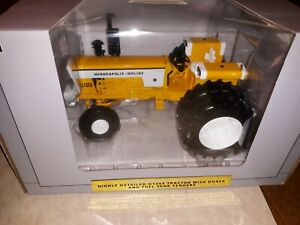 1/16 Minneapolis Moline G-1355 Tractor W/Duals by SpecCast W/Box!