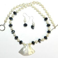 """GN382 Mother of Pearl, Crystal & Pearl Gemstone & Silver 19"""" Necklace w Earrings"""