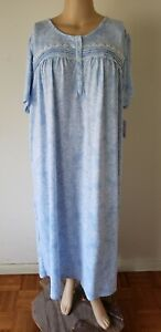 NWT Croft & Barrow Womens Nightgown S/S Knit Polyester Blend Blue Floral