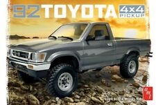 AMT 1/20 1992 Toyota 4x4 Pickup Truck  AMT1082