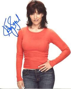 Sons of Anarchy actress Katey Sagal signed 8x10 photo