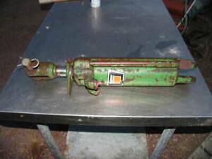 Oliver Tractor Hydraulic Cylinder