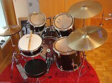 Akustisches Drumset