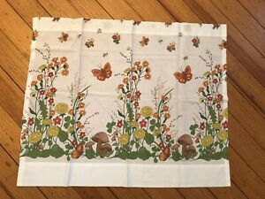 Unbranded cotton blend vintage woodland pattern W.28 in L.24 in cafe panel