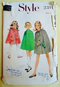 """Vintage 1960s/1970s Style Sewing Pattern. Girls Cape/Coat.  32"""" Chest."""