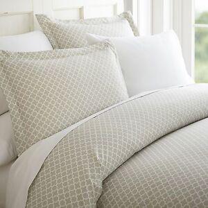 Hotel Collection - 3 Piece Premium Quatrefoil Duvet Cover Set by iEnjoy home