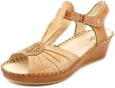 "Med 1 3/4"" to 2 3/4"" Women's Leather Sandals/Flip Flops"