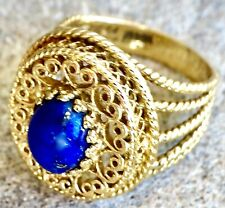 Ring In 14K Yellow Gold Open Filigree & Oval Cab Lapis Center