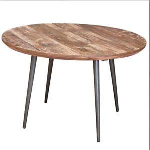 PATINA TEAK ROUND TABLE