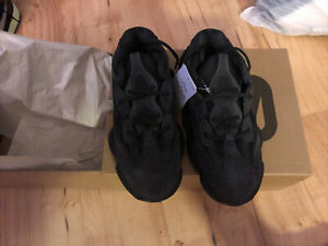 New Authentic ADIDAS YEEZY 500 UTILITY BLACK SIZE 11 *In Hand Now