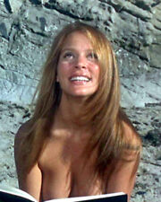 """8x10 photo Leigh Taylor-Young pretty sexy movie star from """"Alice B Toklas"""" 1968"""