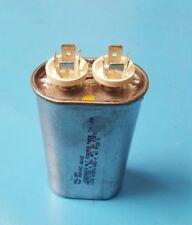 Capacitor, Motor Starter, Mallory, 660VAC, 8uf, 32KD6608, 60Hz