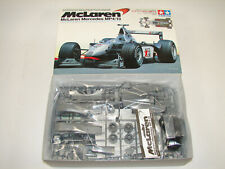 TAMIYA 20046 McLaren Mercedes MP4/13. 1/20 wie Neu!