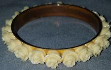 VINTAGE STUNNING GOLD TONE OLD PLASTIC CARVED PRETTY ROSE BANGLE  BRACELET
