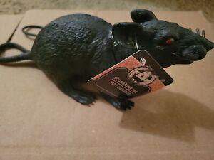 NEW Plastic/Rubber Squeaking Rat w/Red Eyes Halloween Decor/Prop