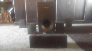 Samsung PC-ES Surround Sound 5 speaker system w/subwoofer