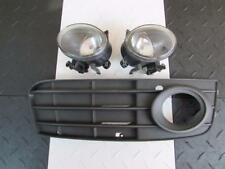 2010 Audi A4 Sedan Pair of Front Fog Lights RH LH w/ Passenger Lower Grille