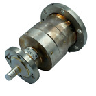 BN917500 Spinner 3-1/8EIA - 1-5/8EIA Coaxial Adapter DC to 860 MHz