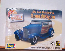 Dan Fink MetalWorks SpeedWagon Hot Rod Ford 1:25 Revell California Wheels