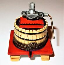 LIMOGES BOX - PARRY-VIEILLE - WINE PRESS ON A STAND & METAL HANDLE - GRAPES