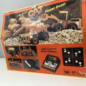 Vintage 1988 New Bright The Cat Power Dozer Caterpillar Remote Control